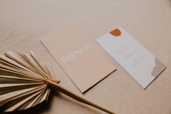Faire-part mariage abstrait tboho sahara couleur sable terracotta beige désert