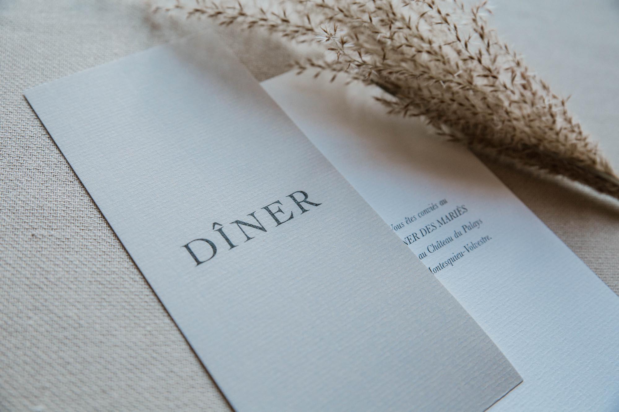 Dîner mariage nude rose gris beige élégant sobre