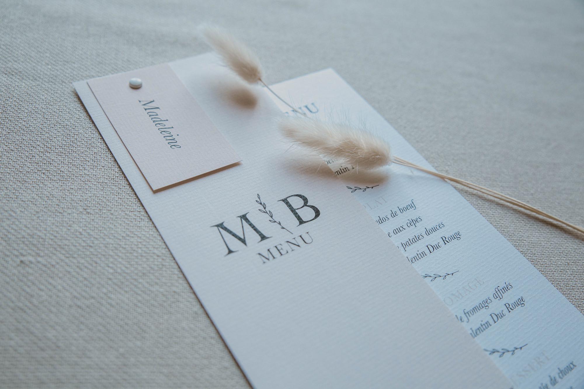 Menu individuel mariage nude rose gris beige élégant sobre