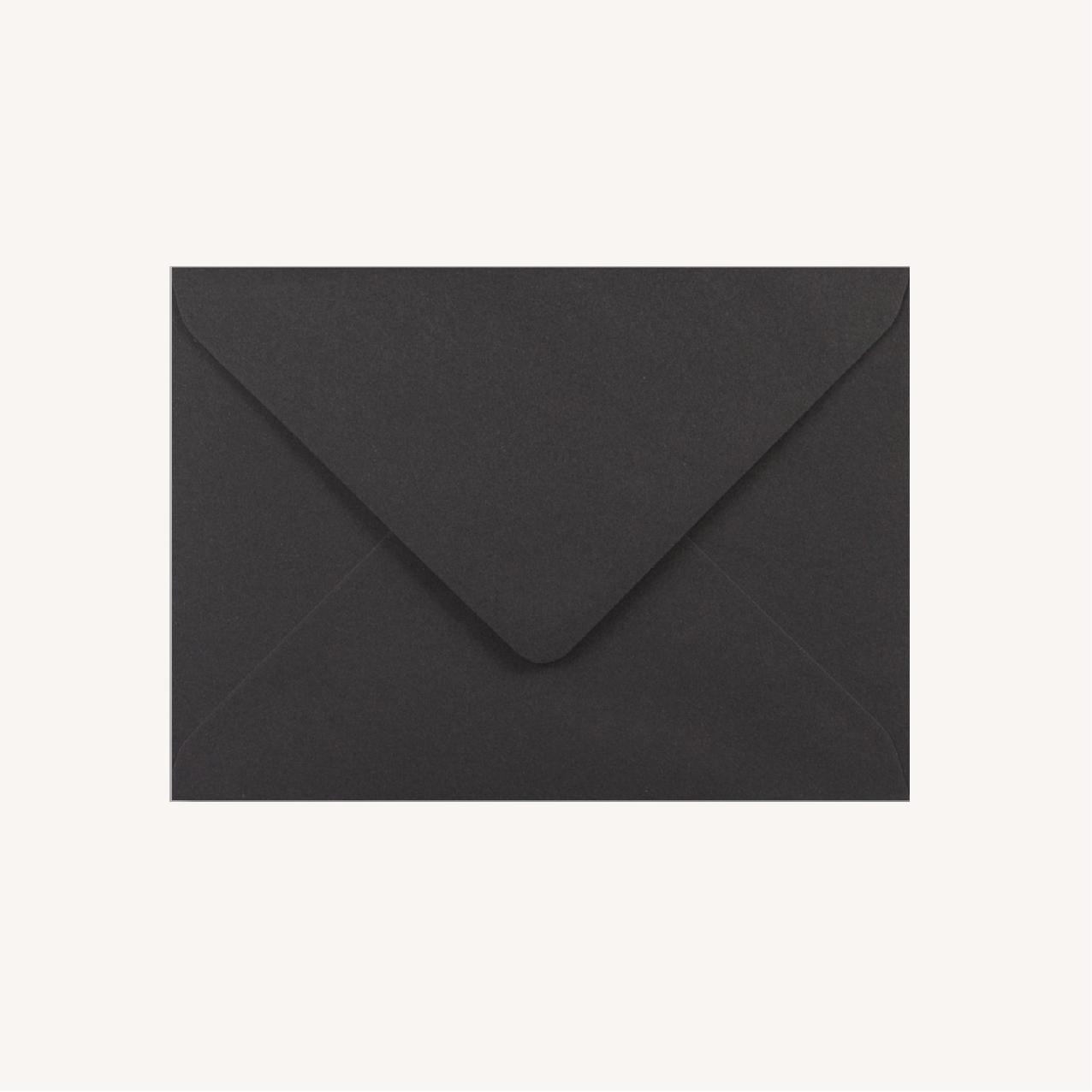 Enveloppe noire black and white noir et blanc moderne lettering innovant graphique