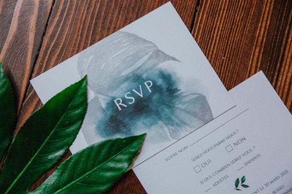 Carton RSVP mariage tropique feuillage vert et blanc