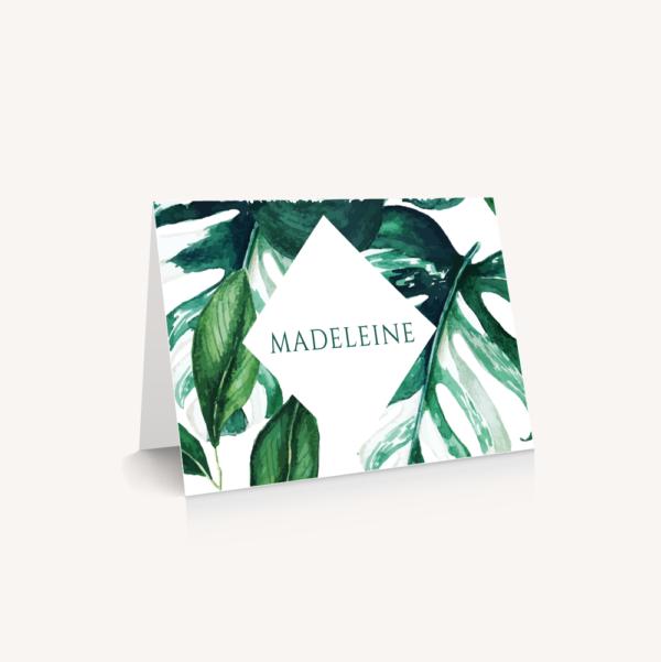 Marque place mariage tropique feuillage vert et blanc à l'aquarelle