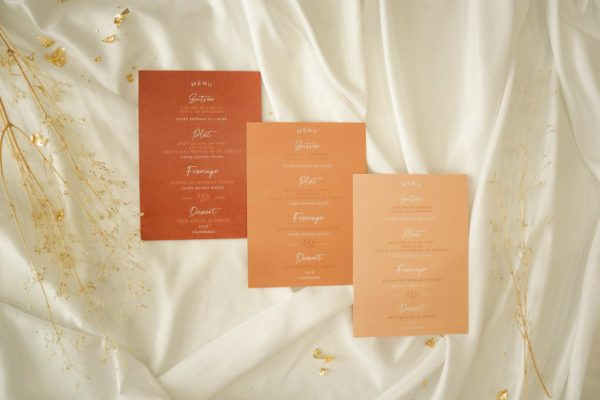 Menu mariage terre de sienne terracotta marron nature boheme beige or