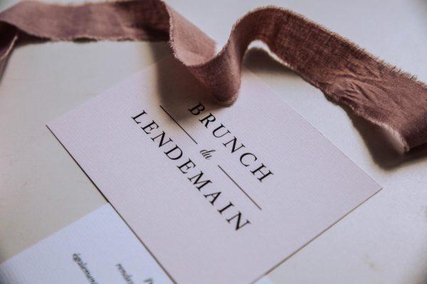 Carton brunch mariage blush couleurs rose, rose poudré, rose clair, blanc, mariage thèmes doux, romantique