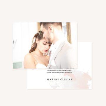 Remerciement mariage blush couleurs rose, rose poudré, rose clair, blanc, mariage thèmes doux, romantique
